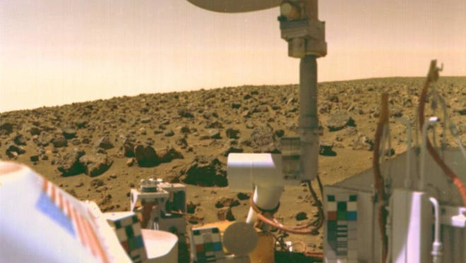 The surface of Mars as seen from the Viking 2 lander. Some researchers think that the Viking may have burned organic molecules in collected soil samples.