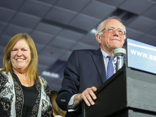 Presidential hopeful Bernie Sanders speaks to a crowd