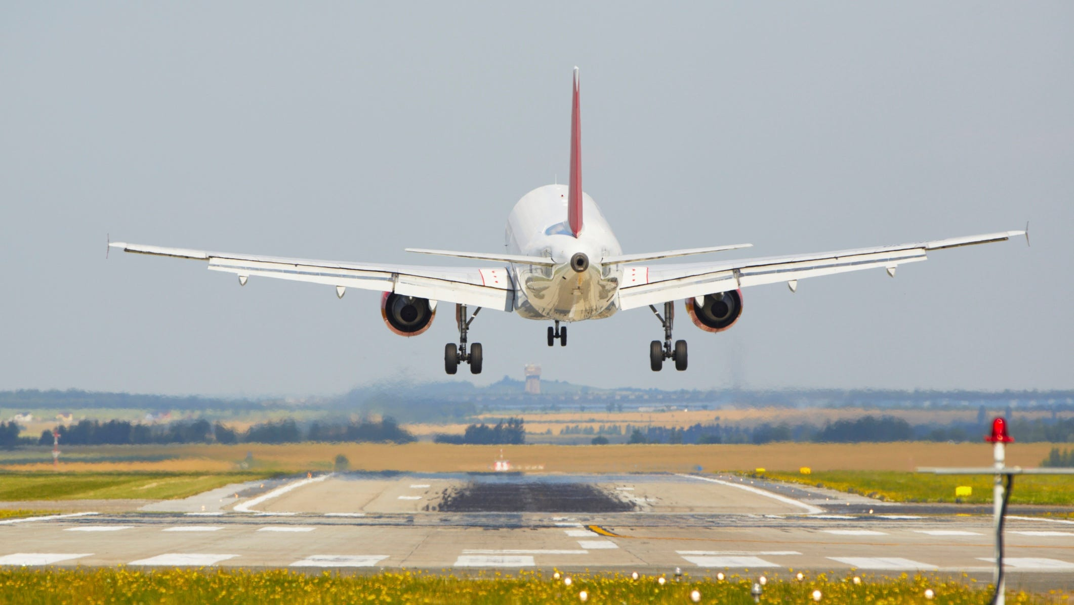 Ask The Captain The Challenges Of Landing In Crosswinds