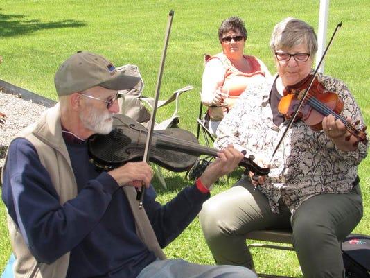 ELM 061514 fiddlers 1 jdm.jpg