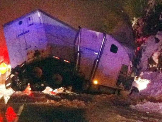 Bus_Truck_Crash2_Redm.jpg