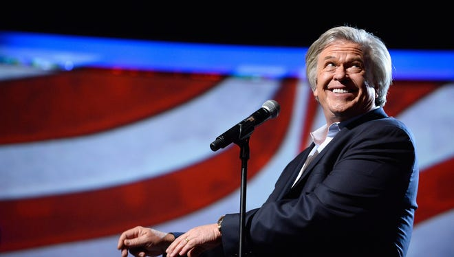 Comedian Ron White will perform at The Grand as part of the theater's newly-announced '17-'18 schedule.