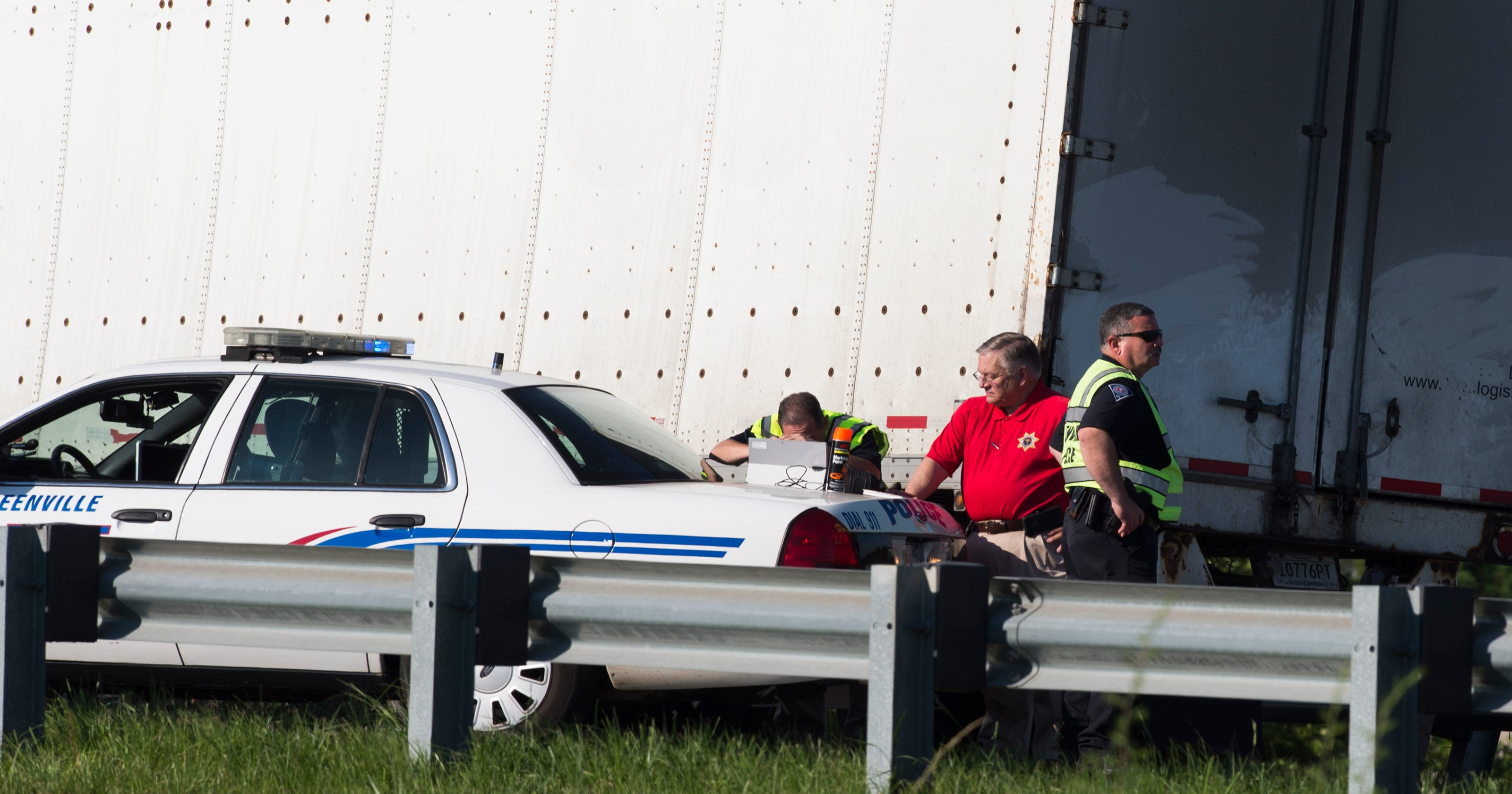 Coroner IDs one in morning wreck on I-385