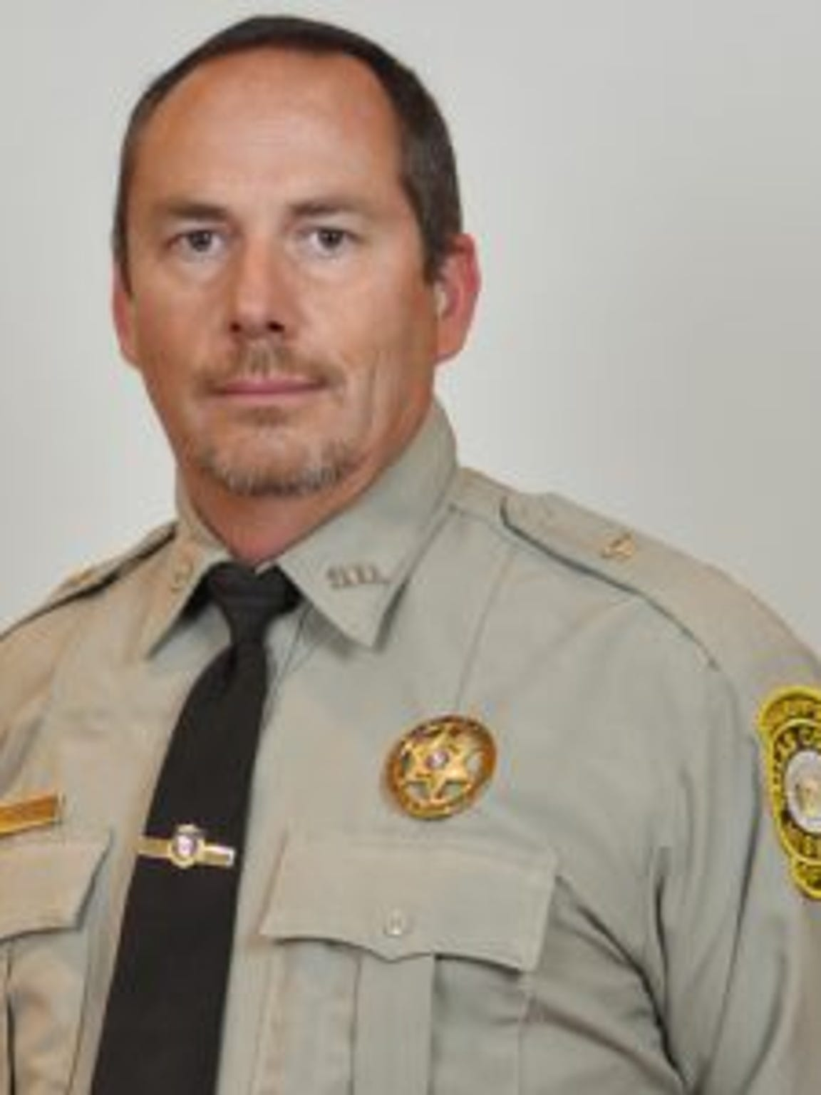 Mike Rackley, Dallas County sheriff in 2006, responded