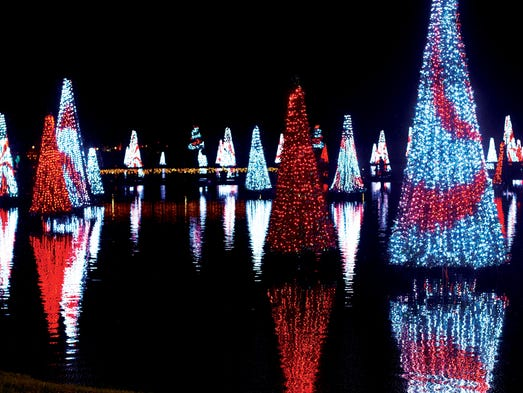 Holiday thrills: Theme parks go all out for the season