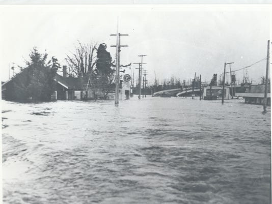 1943 Flood West Salem