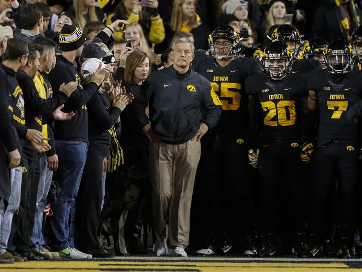 What the alternative uniform looked like for Iowa in