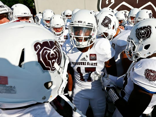 Missouri State Bears wide receiver Malik Earl (17)