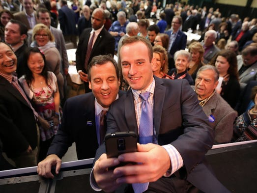 leadership of gov chris christie essay Trenton, nj — a former wall street executive and new jersey gov chris  christie's second-in-command are the leading candidates.
