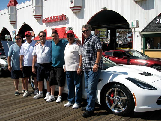CorvettesOnTheBoardwalk.jpg