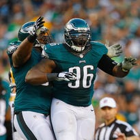 Eagles defensive lineman Bennie Logan celebrates after a sack during a 34-3 victory over the Steelers on Sunday.