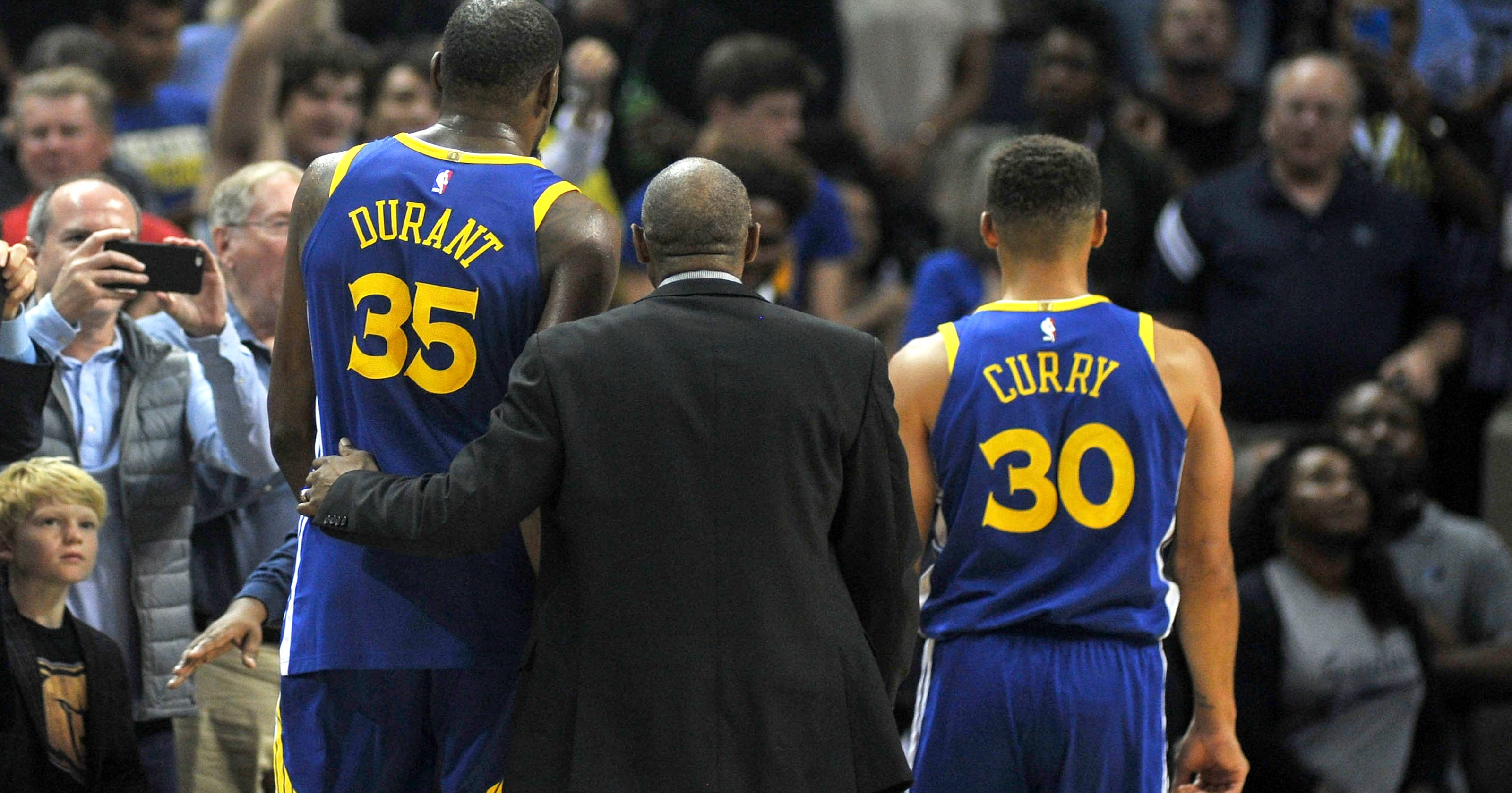 f0cca862253c Grizzlies rout Warriors  Stephen Curry