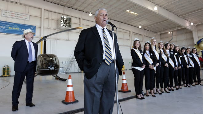 Hyundai Sun Bowl Executive Director Bernie Olivas welcomes the Arizona State football team to El Paso on Monday at Atlantic Aviation at the El Paso International Airport.