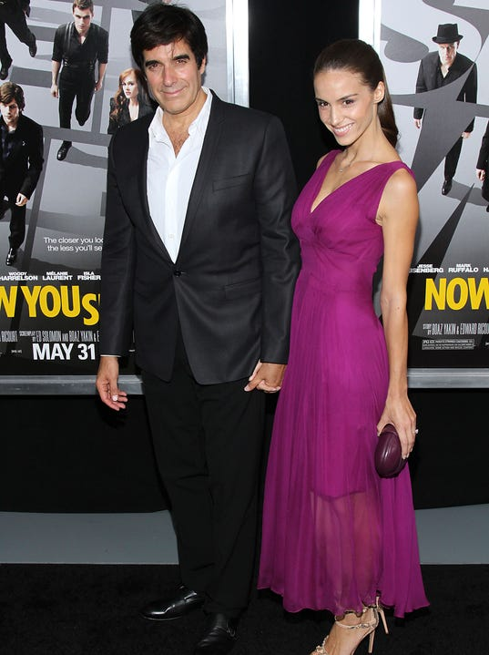 david copperfield is engaged to mother of his daughter