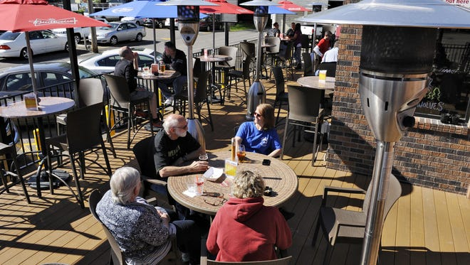 Be sure to cast your vote for the best outdoor dining space in the 2016 Best Of Central Minnesota Readers' Survey.