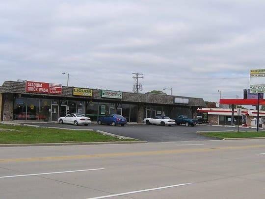 -Shopping center 2, S. Ridge Road, long shot.JPG_20140918.jpg