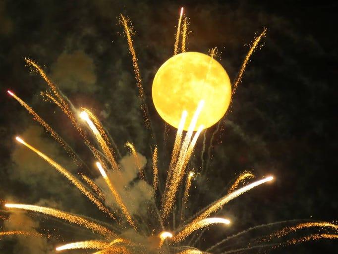 Taylor Farm Park Fireworks in Powder Springs, Ga.