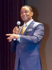 Isiah Thomas was a graduation speaker at Jalen Rose