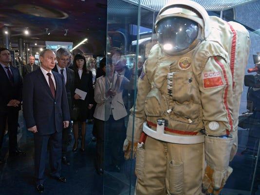 Russia Space Decline-GB51M96MF.1