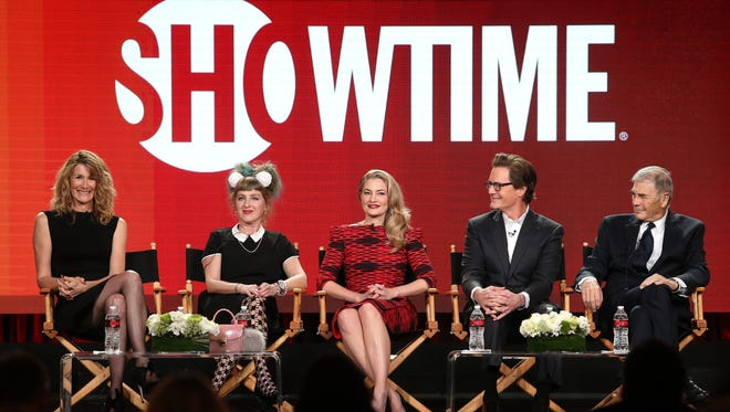 PASADENA, CA - JANUARY 09:  (L-R) Actors Laura Dern, Kimmy Robertson, Madchen Amick, Kyle MacLachlan and Robert Forster of the television show 'Twin Peaks' speak onstage during the Showtime portion of the 2017 Winter Television Critics Association Press Tour at the Langham Hotel on January 9, 2017 in Pasadena, California.  (Photo by Frederick M. Brown/Getty Images)