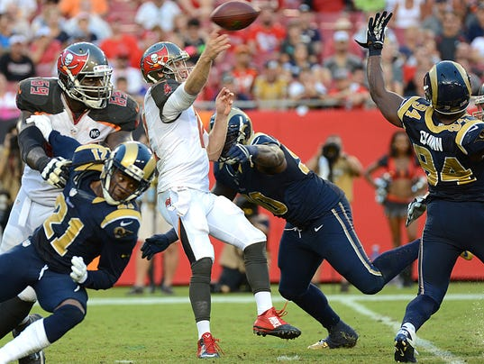 Mistakes And Injuries Plague Bucs In 19 17 Loss To Rams