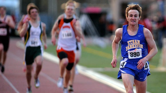 Alex Muntefering of Parkston leads the way to a win in the 2009 special event 800 with a time of 1:52.46.