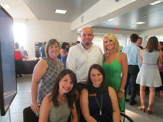 Kim Tahckston, Charlie Cantrell, Annie Caillout, Taylor