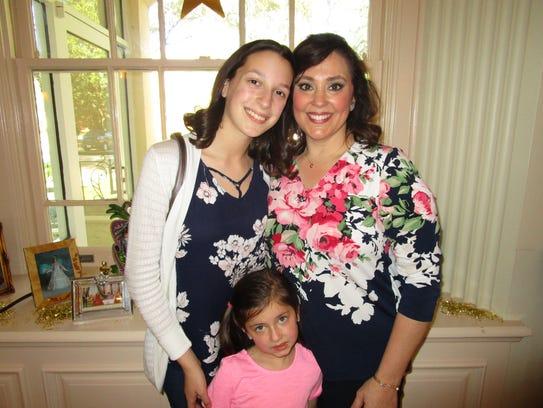 Celeste Rushing, Katie Rushing and Makenzie Rushing