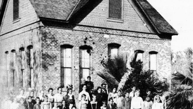 The old Nephi School circa 1903