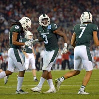 Michigan State football offense 'clicking together'; better than 2017?