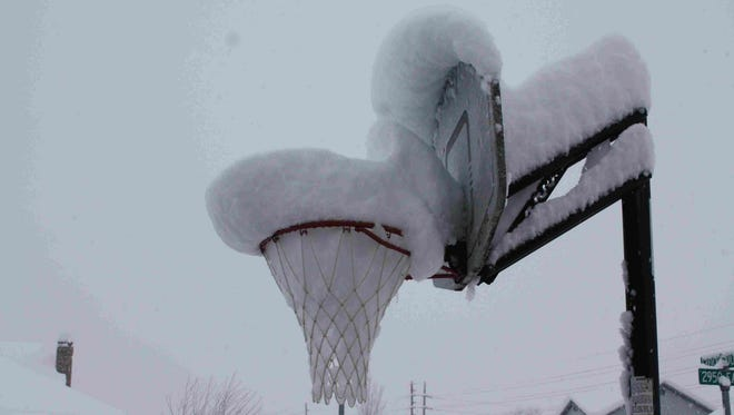 Snow basketball