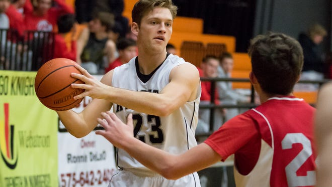 James Martin and the Oñate Knights are the top seed for the Class 6A state tournament.