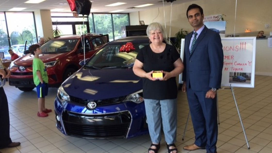 Toyota Lebanon Pa >> Fredericksburg woman wins lease from Diamond Toyota