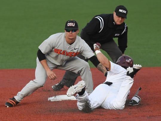 NCAA_Minnesota_Oregon_St_Baseball_11258.jpg