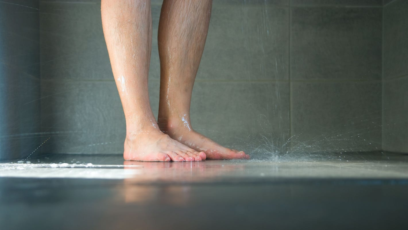 What would happen if you didn\'t shower for a year?