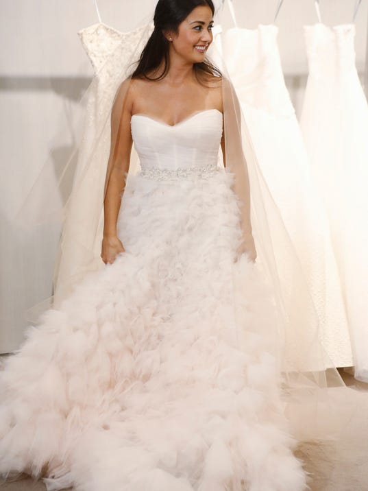 -TDSBrd_01-26-2014_DesertSun_1_U008~~2014~01~24~IMG_XXX_bachelor-wedding_1_1.jpg