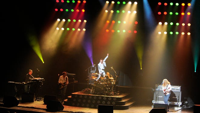 """Gary Mullen and The Works perform """"One Night of Queen"""" as a tribute to the legendary British band."""