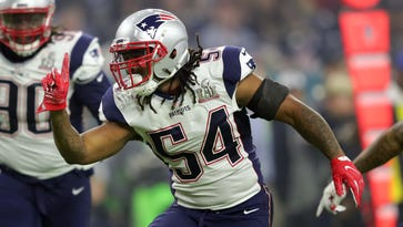 New England Patriots middle linebacker Dont'a Hightower (54) reacts after a tackle in the third quarter during Super Bowl LI against the Atlanta Falcons at NRG Stadium.