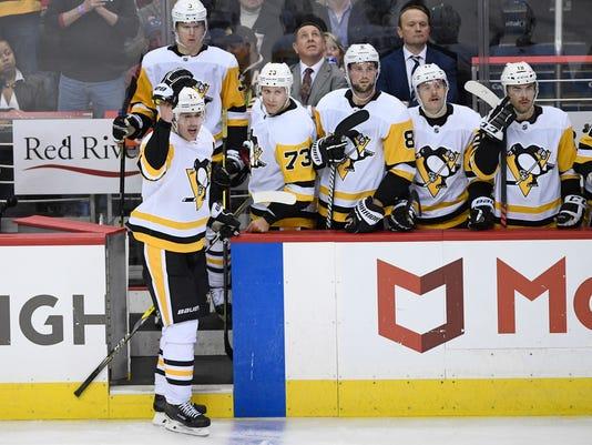 Penguins_Capitals_Hockey_51116.jpg