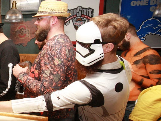 BCMAMS began at Lakeview Lounge, playing games for prizes and having a costume contest before moving on the to The Cricket Saturday evening for their Crawl-o-Ween.