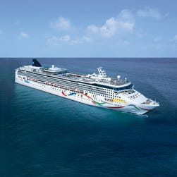 Norwegian Cruise Line joins Royal Caribbean, Celebrity in hiking service charges