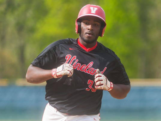 636615518610767512-jmo-050918-VinelandStAugBaseball-9944.jpg