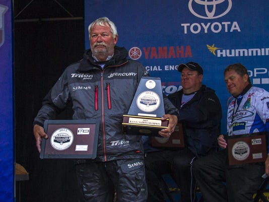 Albert Collins with the 2015 BASS Nation Championship trophy and the Central