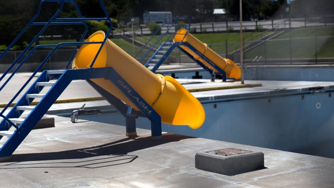 The Brookside Pool has been closed since last year because of decaying infrastructure, but the Farmington City Council is moving ahead with a plan to build a new aquatic center to replace it.
