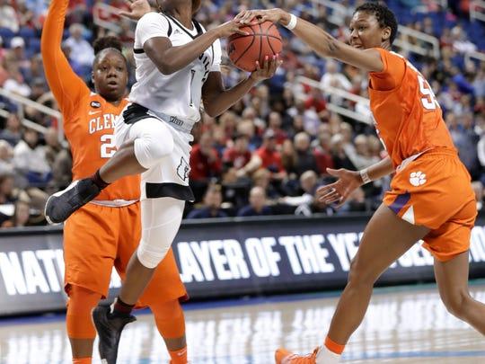 ACC_Clemson_Louisville_Basketball_60680.jpg
