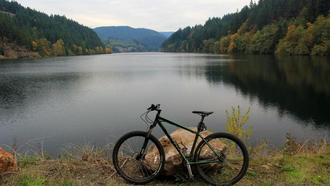 The proposed Cascading Rivers Scenic Bikeway, a 72-mile route that connects Estacada and Detroit through the western Cascade Mountains, passes North Fork Lake near Estacada.