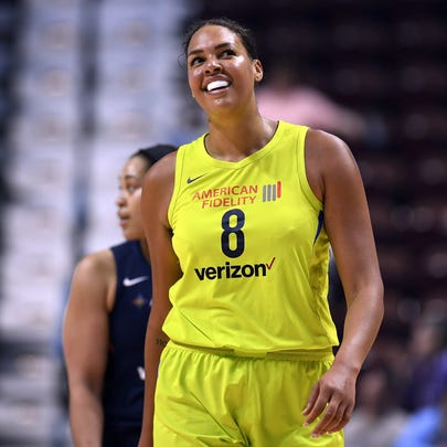 Dallas Wings' Liz Cambage set a WNBA scoring record