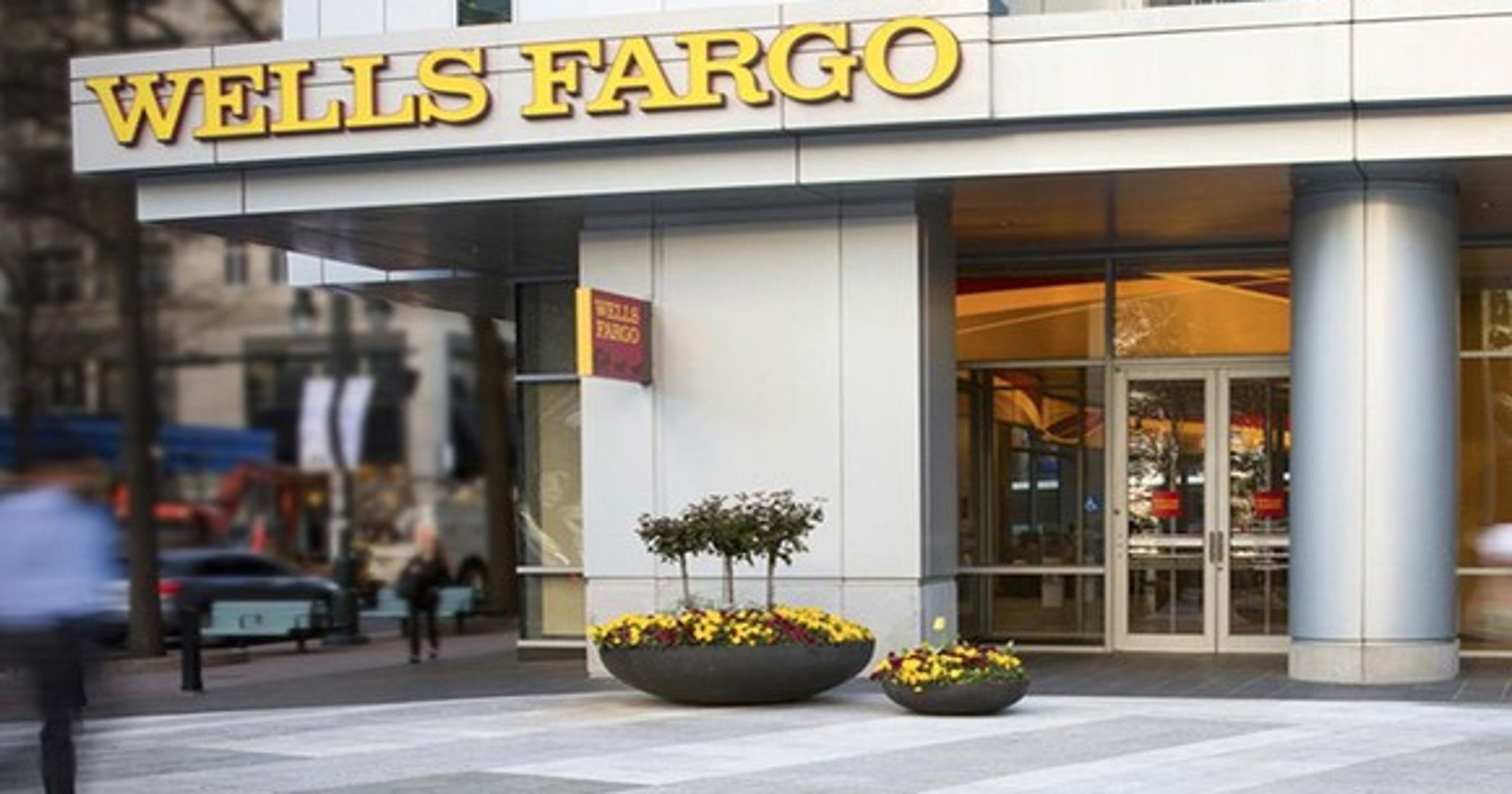 Wells Fargo outage: Issues fixed after paychecks didn't show for some