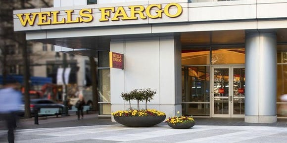 Wells Fargo Outage Issues Fixed After Paychecks Didn T Show For Some