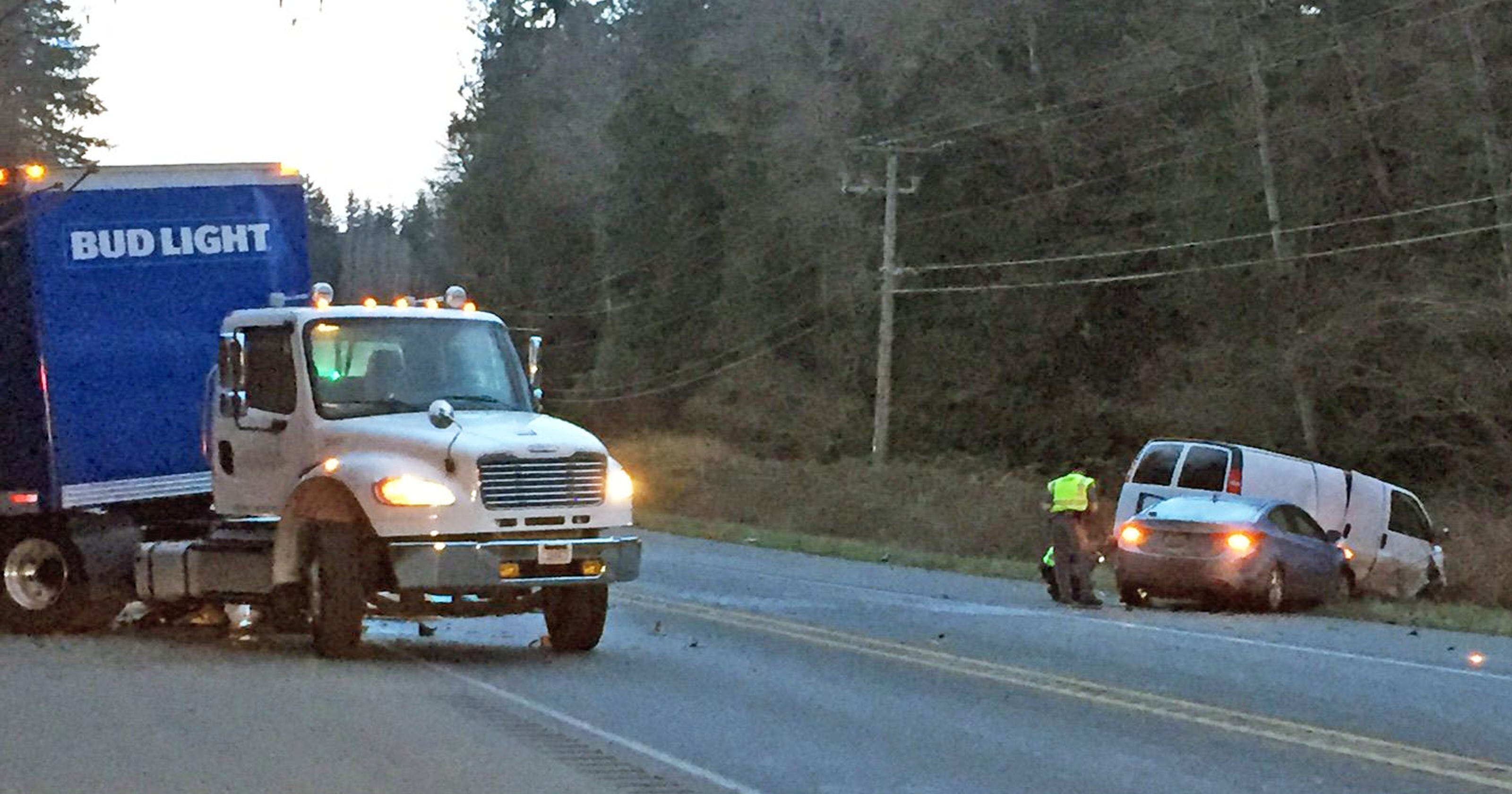 One killed in collision north of Poulsbo